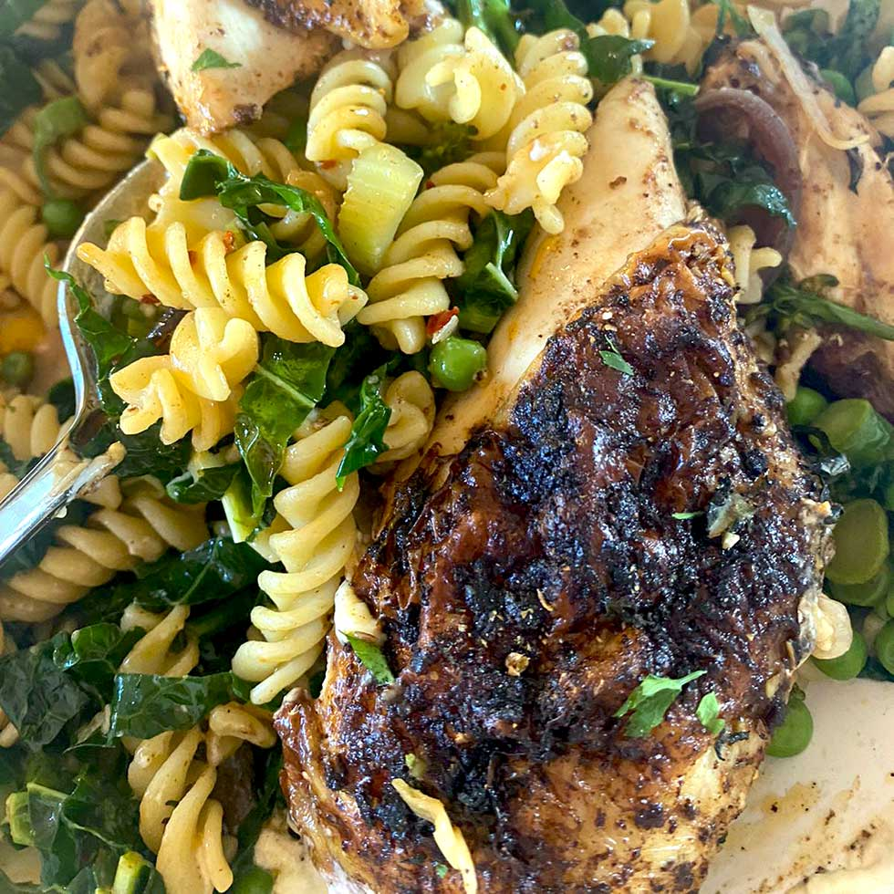 Spiced Chicken With Pasta Primavera